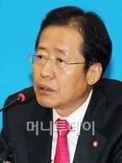 홍준표 '사퇴논란' 정운찬에 십자포화