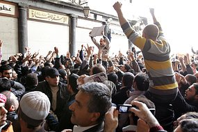 시리아, 정치범 석방 불구 시위 격화