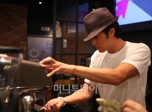 소지섭 커피, 탄생.. '투썸플레이스 by 51K 메뉴' 소개