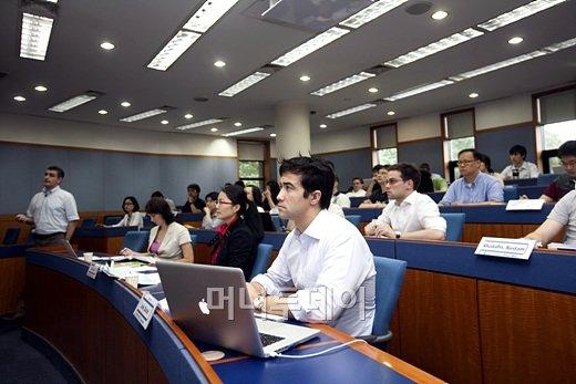 [도약 MBA]연세대, '세계 100대 EMBA' 국내 최초 선정