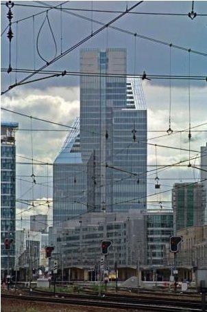 브뤼셀에 위치한 덱시아 타워 이미지. 위키피디아 이미지.