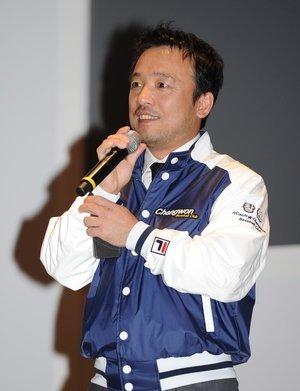 ↑지난 3월 31일 창원 컨벤션센터에서 열린 엔씨소프트 프로야구 제9구단 창단 승인식에서 김택진 구단주가 인사말을 하고 있다.<br />