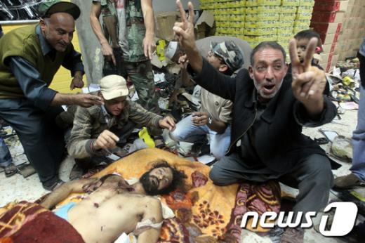 카다피 4남 무타심도 사망