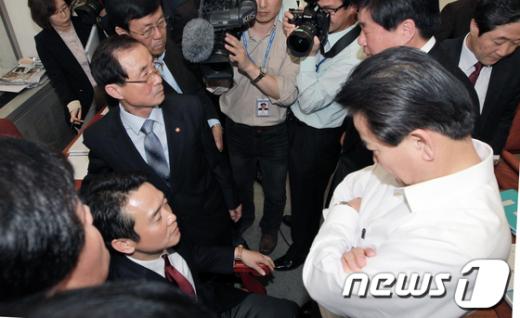 [사진]정동영, 남경필 꼼짝마!