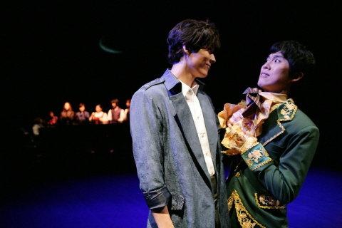 ↑ '십이야'에서 각기 다른 배역들이 극의 곳곳에서 유머코드를 살리며 균형을 유지했다. ⓒ씨엘커뮤니케이션즈<br />