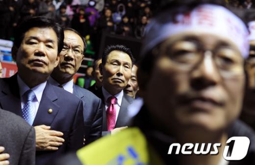 [사진]황우여-김진표, '카드 수수료 1.5% 인하 약속'