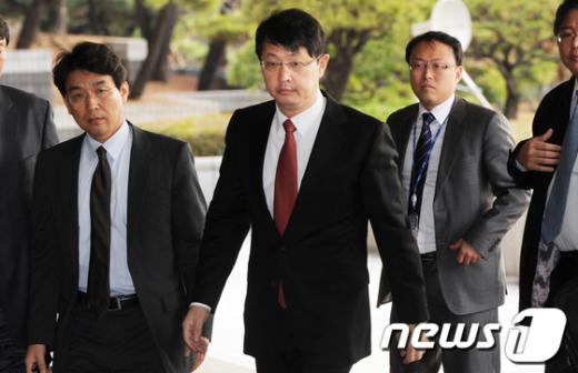 [사진]검찰 소환된 최재원 SK수석부회장