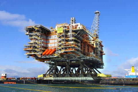 ▲현대중공업이 제작한 2만3000톤급 초대형 플랫폼 상부 구조물.