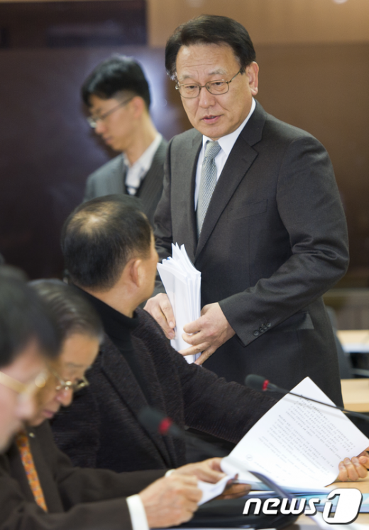 [사진]홍승용 위원장 '부실대학 결정해봅시다'