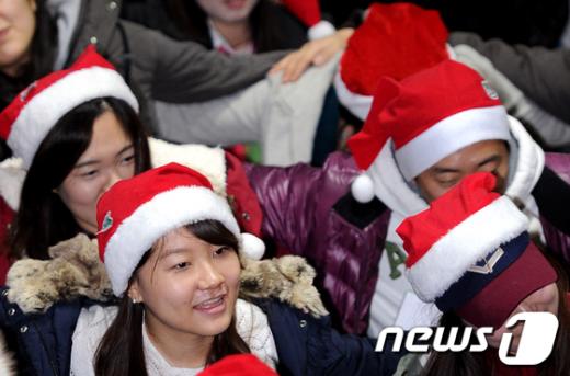 [사진]산타는 지금 레크레이션 중