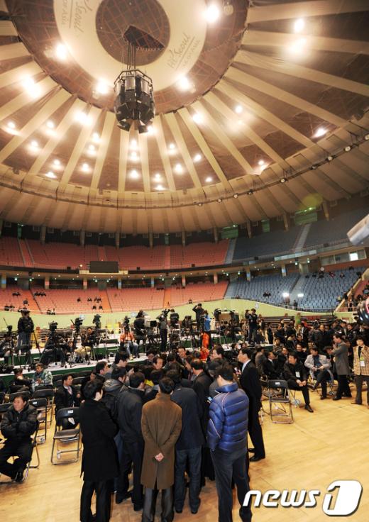 [사진]민주당 전당대회 '의결정족수 논란'