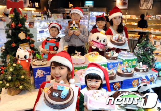 [사진]파리바게뜨, 크리스마스 캐릭터 케이크 출시
