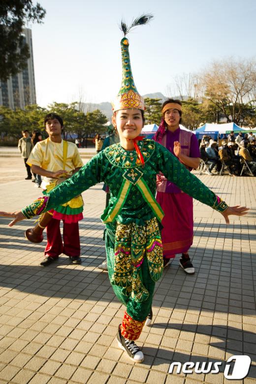 [사진]캄보디아 전통 춤 구경하세요