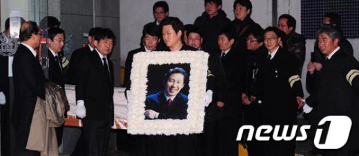 [사진]故김근태 고문, 마지막 가는 길