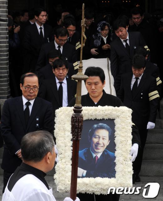 [사진]故 김근태 고문 마지막 가는 길