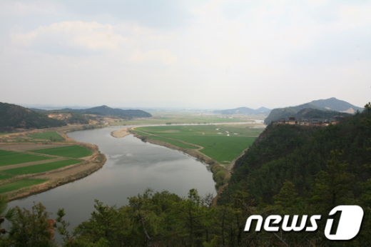 광역친환경농업단지로 선정된 나주시 영산강 수계 모습./사진제공=나주시청  News1