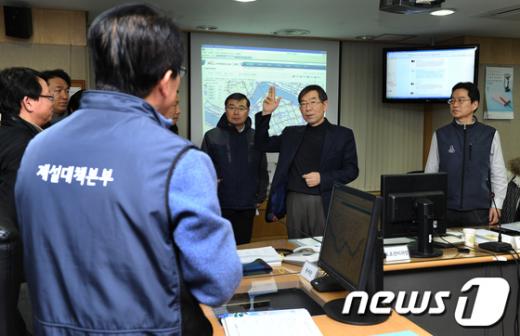 [사진]제설상황 점검하는 박원순 시장