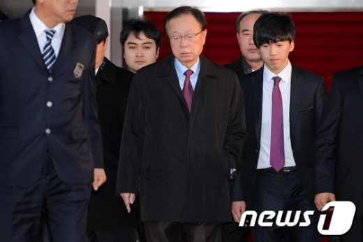 [사진]힘 없는 표정의 박희태 국회의장