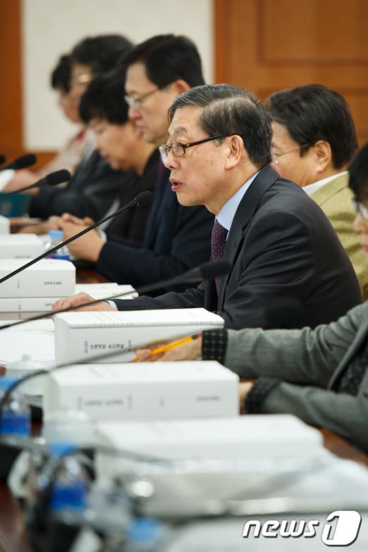 [사진]인사말하는 김황식 총리