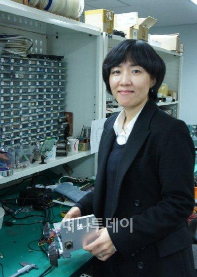 ▲천문숙 대표는 로보젠이라는 회사를 운영하면서 상수관로 로봇을 연구 개발하고 있다.