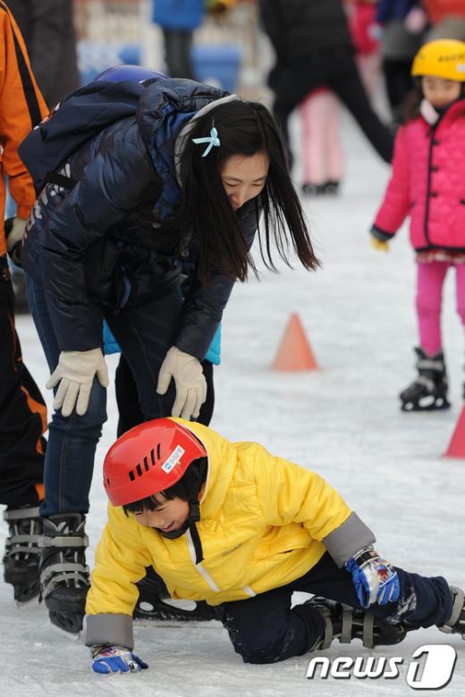 [사진]넘어져도 재미있는 스케이트