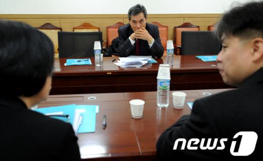 [사진]비대위 정치쇄신분과회의