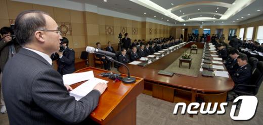 [사진]박재완 장관, 전국세관장회의 치사