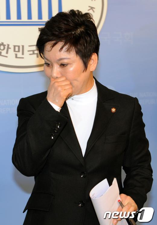 [사진]송영선 '총선 출마 당에 일임'