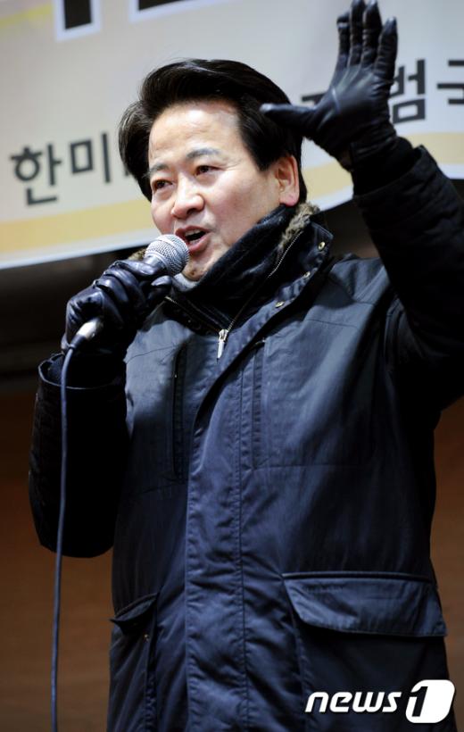 [사진]'한미FTA 무효' 주장하는 정동영 의원
