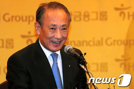 [사진]활짝 웃는 김승유 하나금융 회장