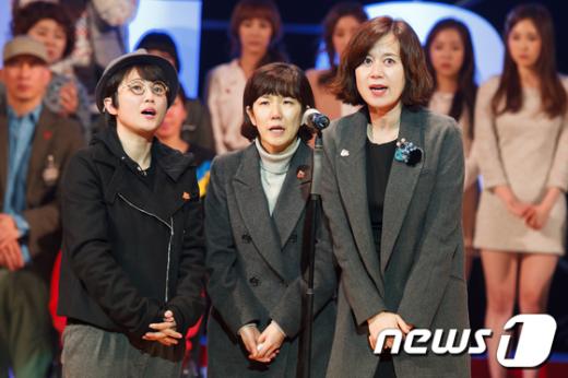 [사진]송은이-이성미-박미선, '탈북자와 함께 울겠다'