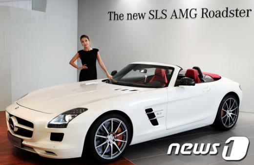 메르세데스-벤츠 코리아는 5일 더 뉴 SLS AMG 로드스터를 국내에 출시했다.(제공=메르세데스-벤츠 코리아) News1