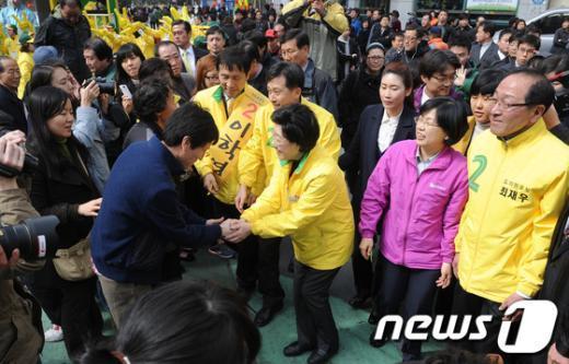 [사진]인산인해 이룬 유세현장