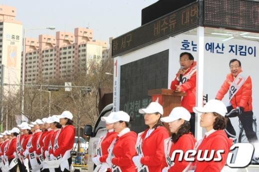 [사진]광주 서구을 새누리당 이정현 유세전