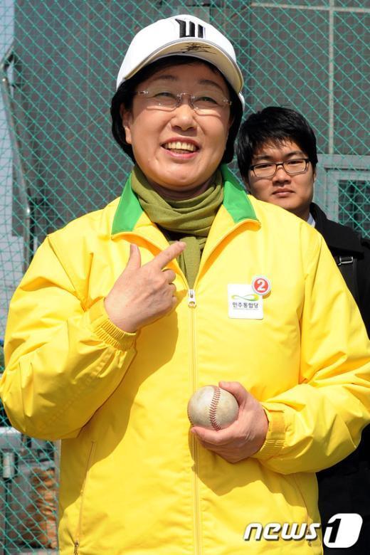 [사진]한명숙,'제가 운동을 굉장히 좋아해요'