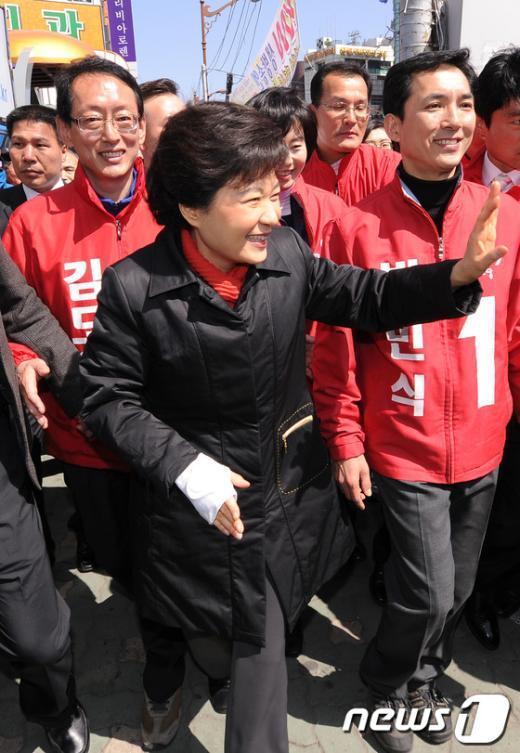 [사진]'4번째 부산방문' 지지 호소