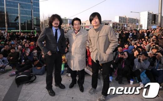 [사진]정동영 지원사격 나온 김어준-주진우
