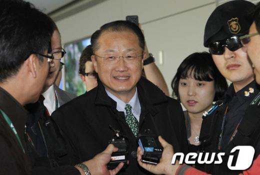 [사진]김용 세계은행 총재 후보 입국
