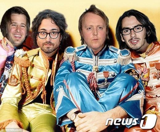 비틀스 원년 멤버들의 사진에 2세들의 얼굴을 합성하였다. 왼쪽부터 잭 스타키, 숀 레논, 제임스 매카트니, 다니 해리슨(출처- 데일리매일)  News1