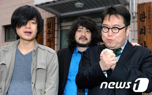 [사진]기도하는 김용민 후보