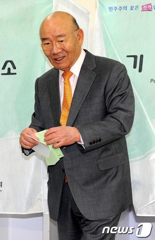 [사진]기표마친 전두환 전 대통령