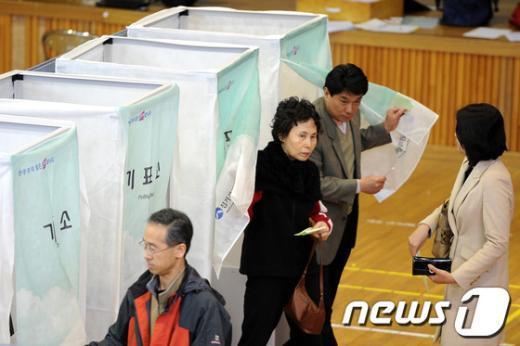 [사진]유권자들의 선택은?