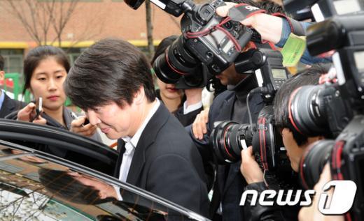 [사진]안철수 취재열기 후끈!