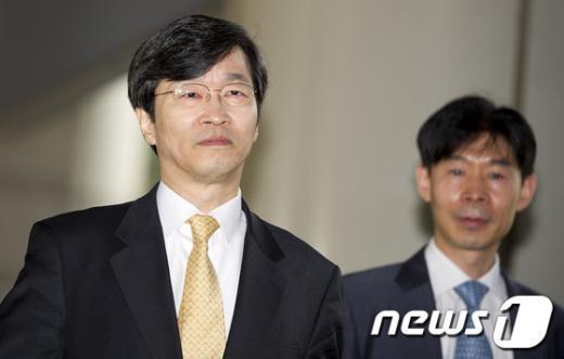 [사진]항소심 출석하는 곽노현 교육감
