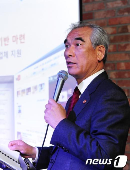 [사진]최광식 장관의 '홍대클럽' 브리핑
