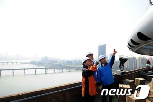 [사진]서울시, 시민과 함께 올림픽대교 안전점검