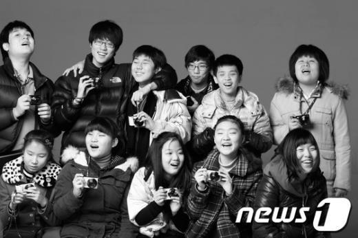 지난 3월 인사이트전에 전시된 한빛 맹학교 학생들 사진  News1