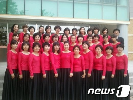 광주 용두중학교 어머니 합창단.  News1