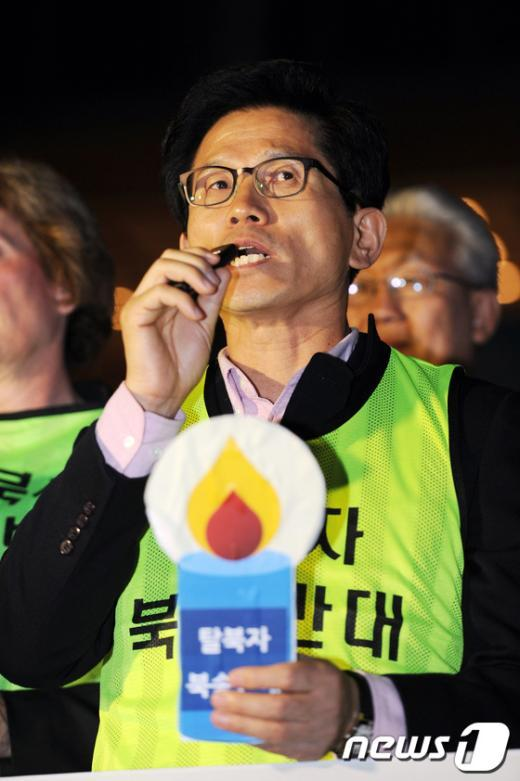 [사진]북한구원 기도회에 참석한 김문수 경기지사