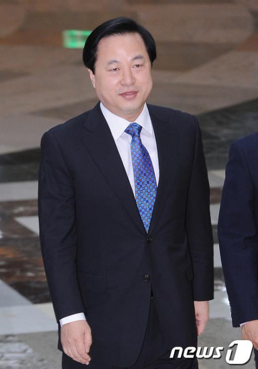 [사진]국회 찾은 김두관 경남지사
